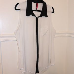 Pure energy Sleeveless Blouse Size 2